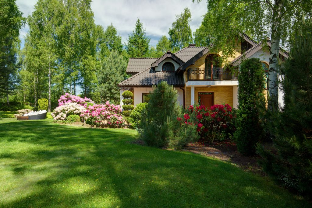 Luxury detached house with beauty green lawn